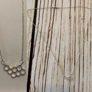 Jewelry - 5 for $25 Silver honeycomb necklace new